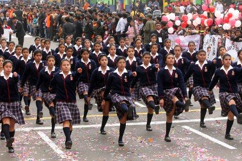 media chicas escort en peru