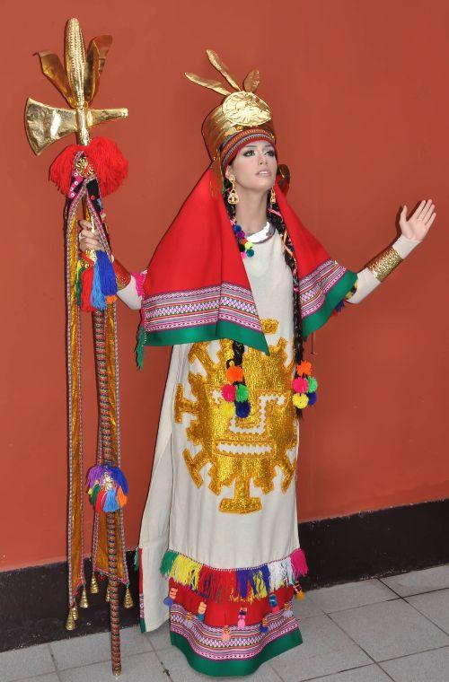 Resultado de imagen para Giuliana Zevallos  trajes tipicos