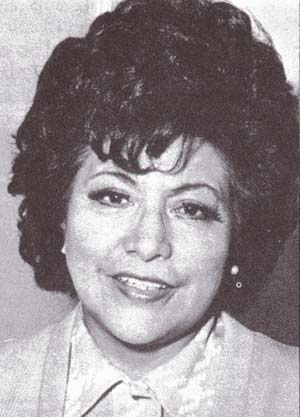 Hija de Pedro Vásquez Chávez y de María Jesús Vásquez Vásquez, la cantante de música criolla, Jesús Vásquez, nació el 20 de diciembre de 1920 en ... - JESUS-VASQUEZ-portada