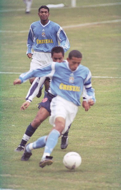 SC adidas 2001 -a