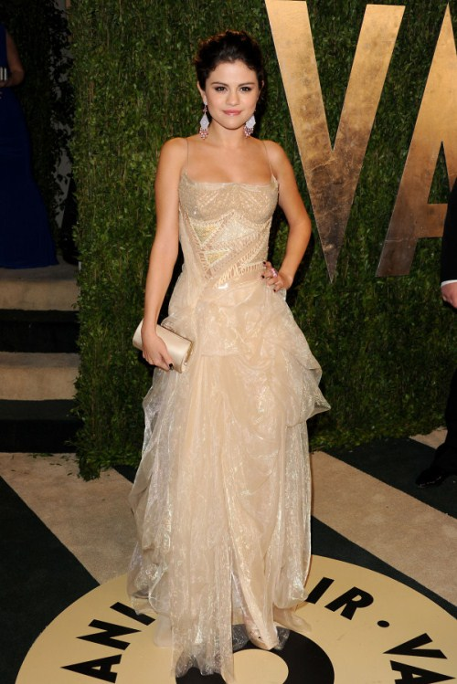 February 24, 2013  West Hollywood, Ca. Selena Gomez Vanity Fair Oscar Party 2013 held at the Sunset Tower Hotel © Vince Flores / AFF-USA.COM