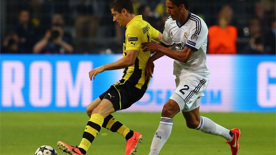 Borussia Dortmund vs Real Madrid - FIFA 1