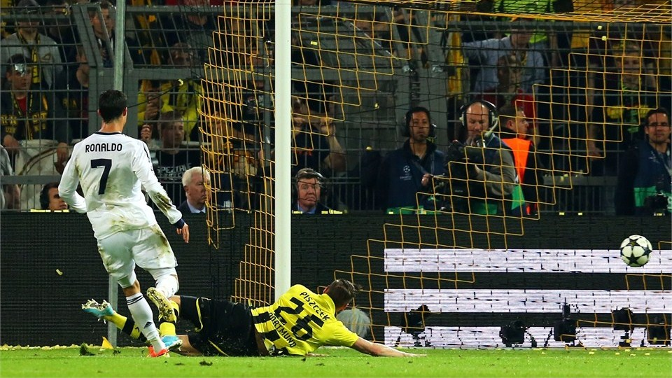 Borussia Dortmund vs Real Madrid - FIFA 2