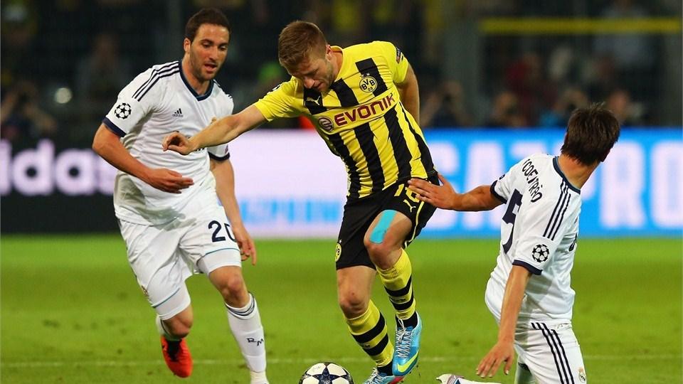 Borussia Dortmund vs Real Madrid - FIFA 5