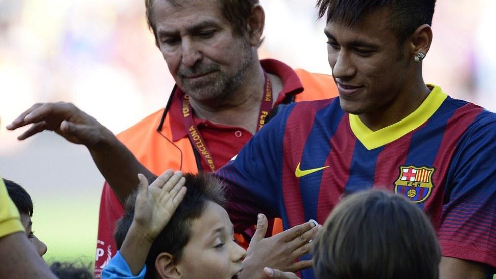 Presentacion de Neymar en el Barcelona 2